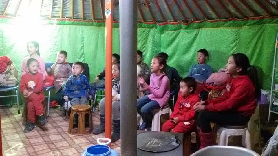 몽골 선교지에서 보내온 사진들
